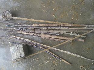 Tang vật chông sắt Công an xã Phước Hiệp (Tuy Phước) còn giữ