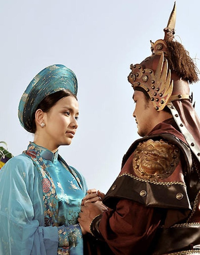 Lý Hùng và Thùy Lâm trong phim Tây Sơn hào kiệt